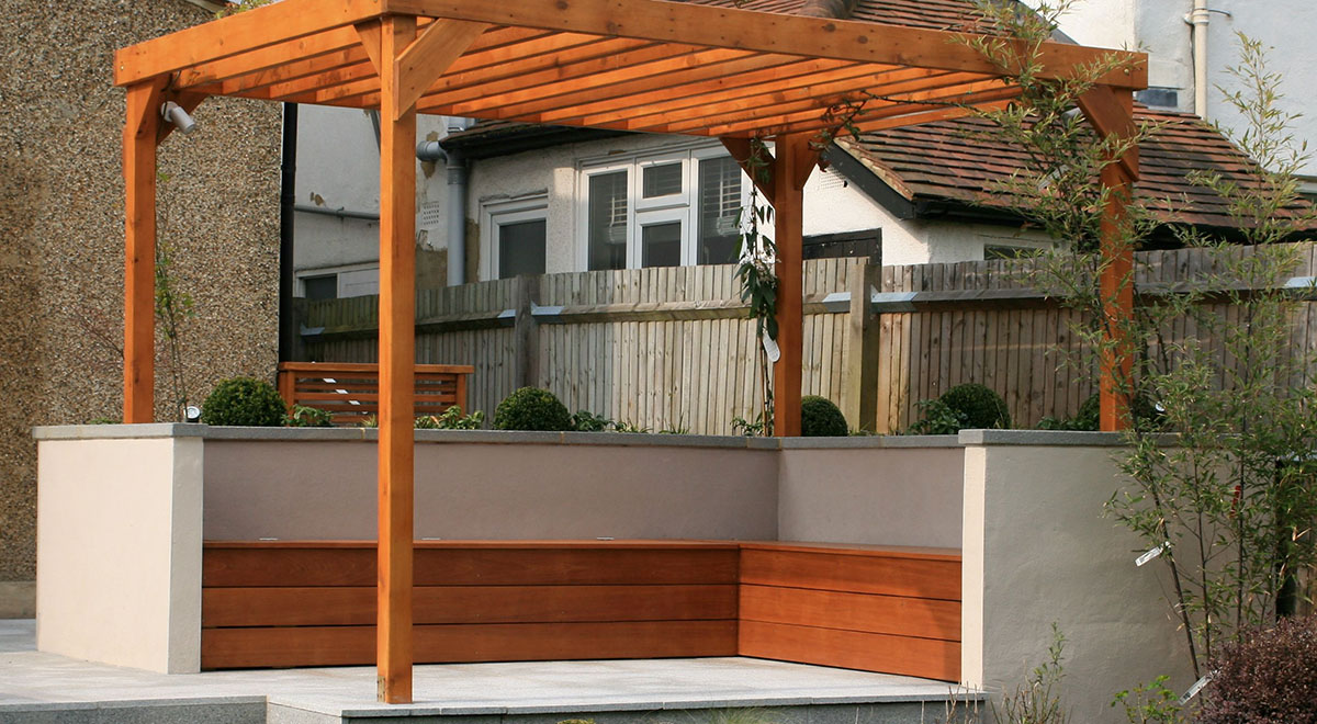 Yellow Balau Hardwood Decking delivers Contemporary Look and Natural Feel