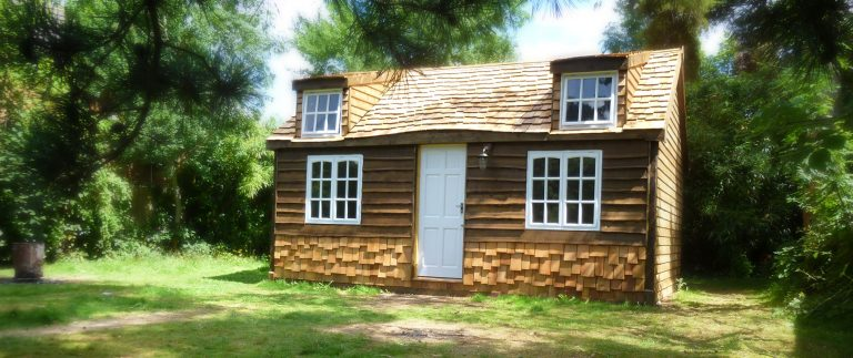 The Cozy Cottage Uses Cedar Shakes