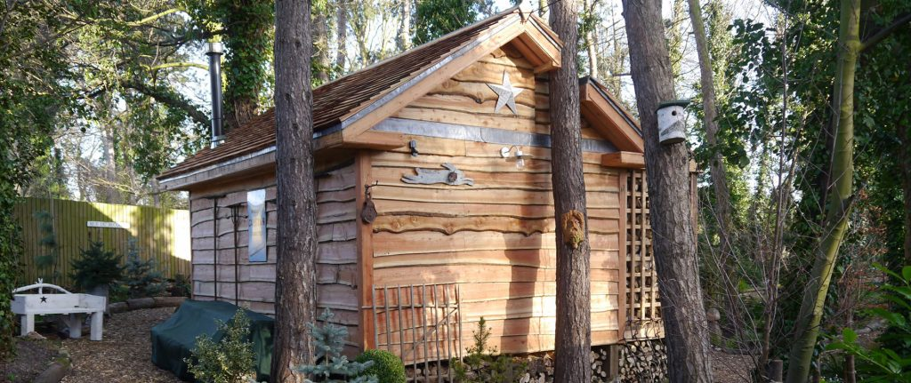 Cedar Shakes Add Rustic Appearance to Teasel's Wood Cabin