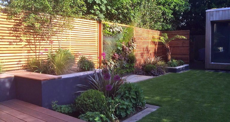 Building a Slatted Screen Fence