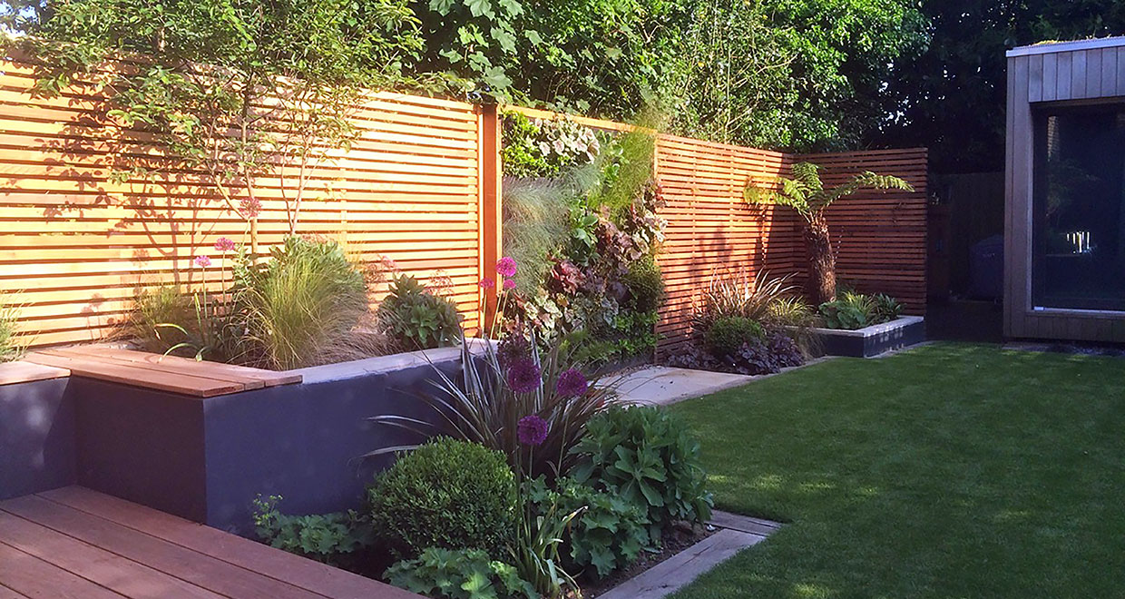 Picture of: Building A Slatted Screen Fence Silva Timber